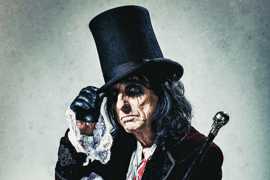 Alice Cooper  ( earmusic photo by Rob Fenn)